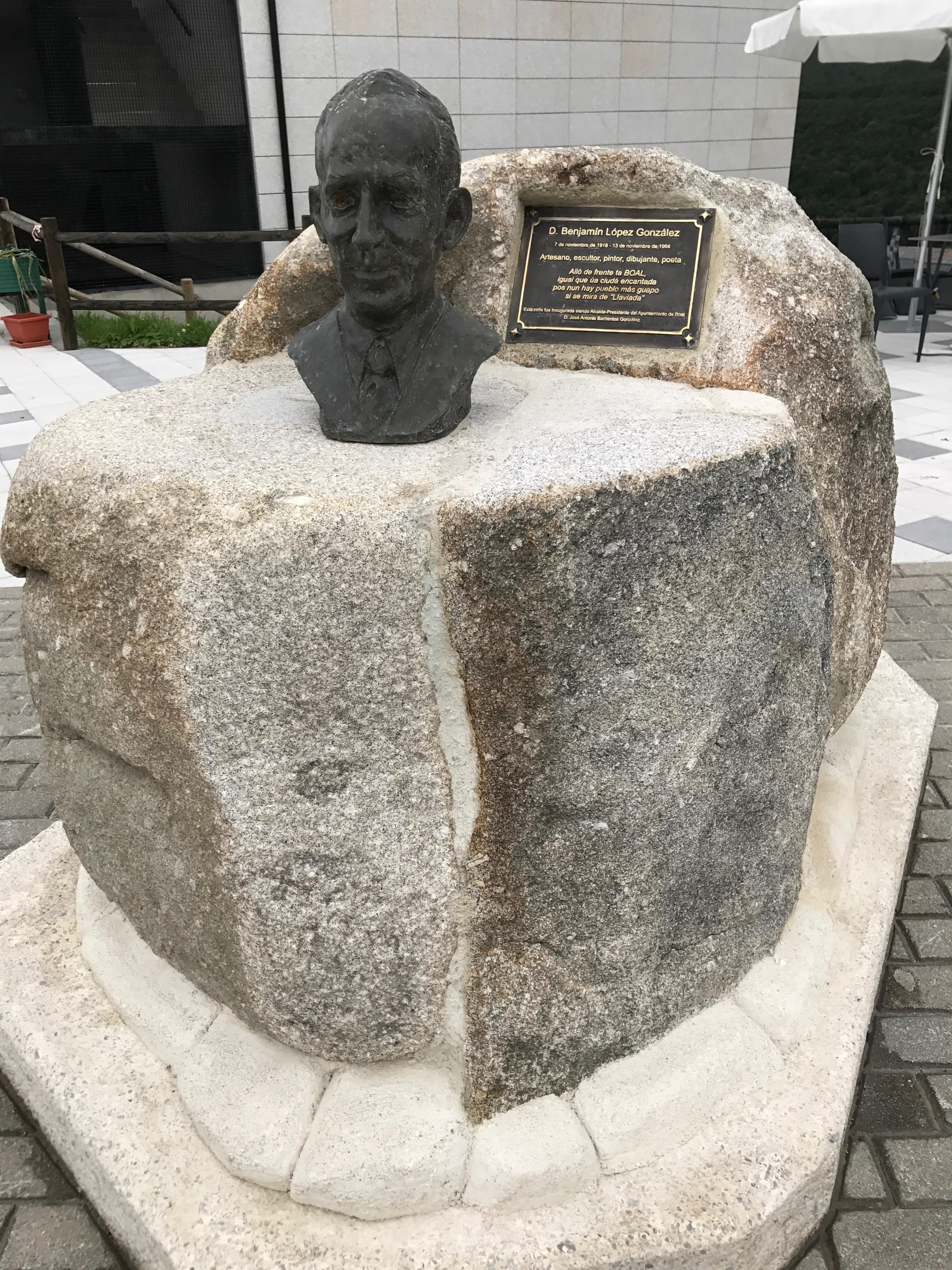 Busto de Benjamín López
